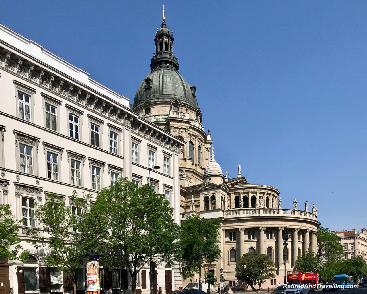 St Stephens Basilica - Things To Do In Budapest.jpg