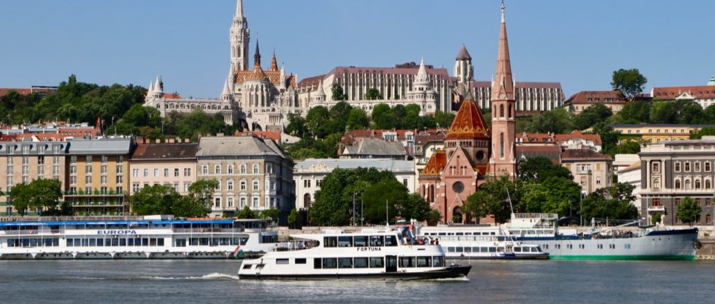 Things To Do In Budapest.jpg