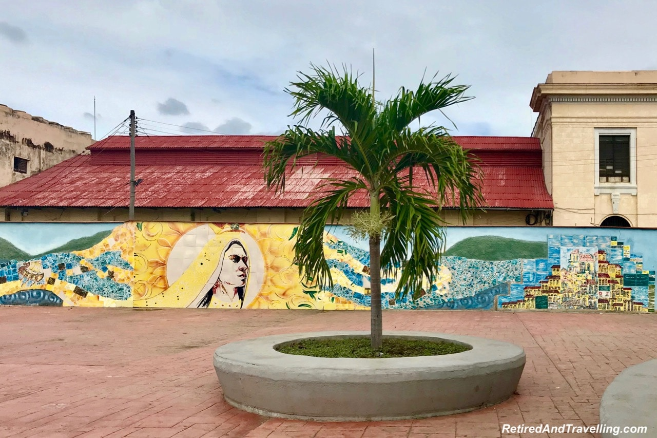 SantiagodeCubaPortArt1Mural-2019-01-31-14-24.jpg