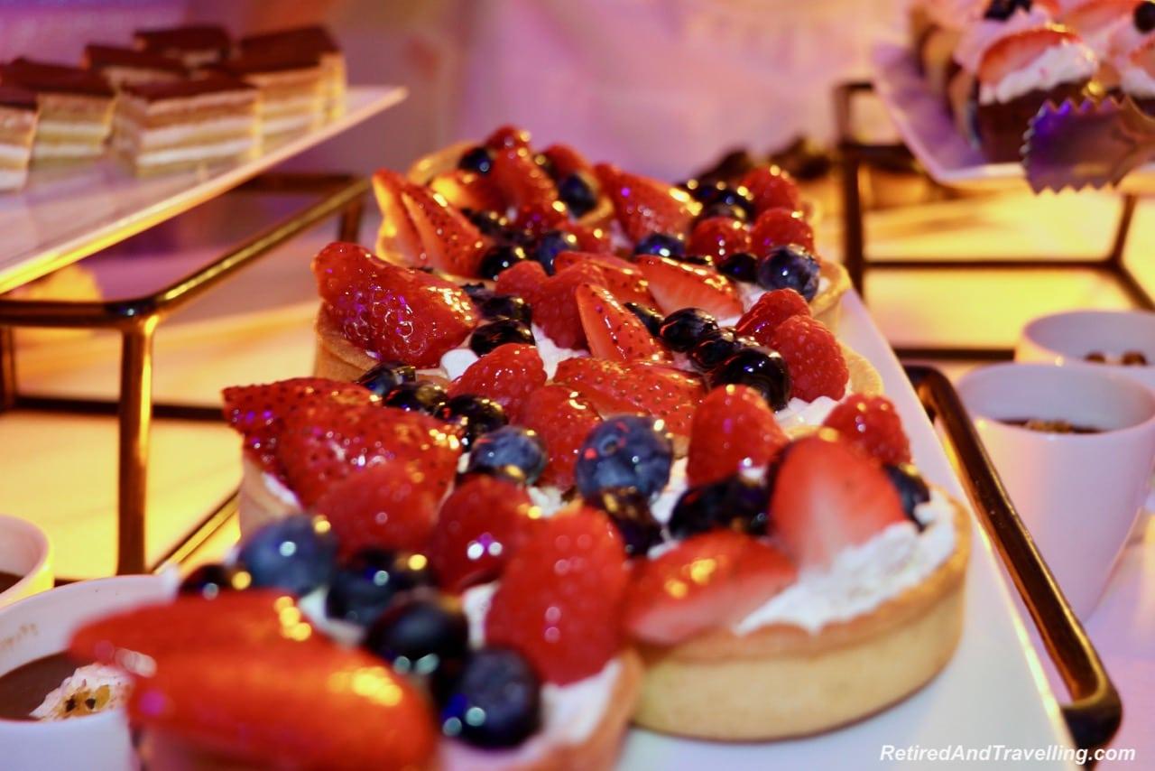 Windstar Cruises buffet in Osaka Port overnight.jpg