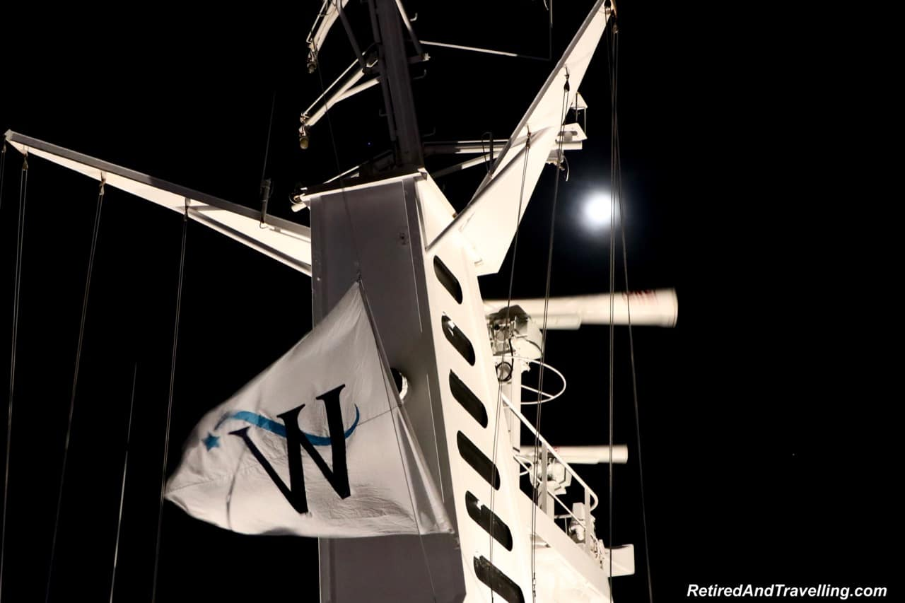 Windstar Cruises full moon and flag in Osaka Port overnight.jpg