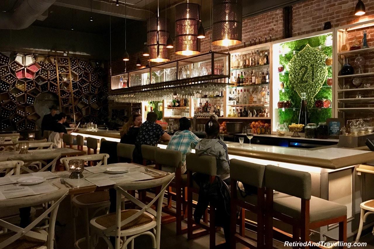 Cafe 21 Bar Food & Drink - Stay In San Diego.jpg