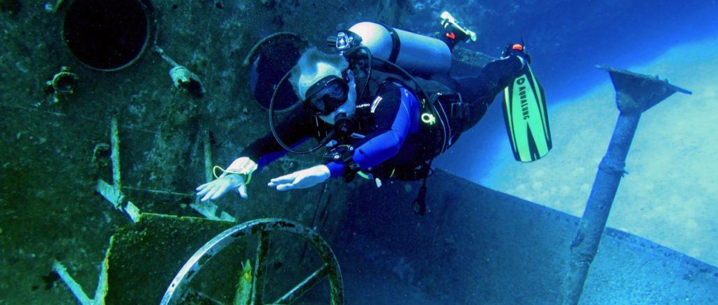 Scuba Diving In Grand Cayman.jpg