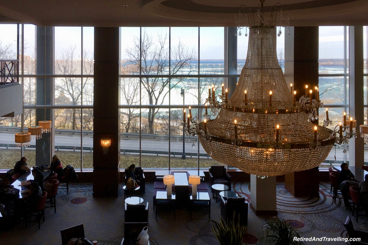 Marriott Fallsview Lobby Chandelier.jpg