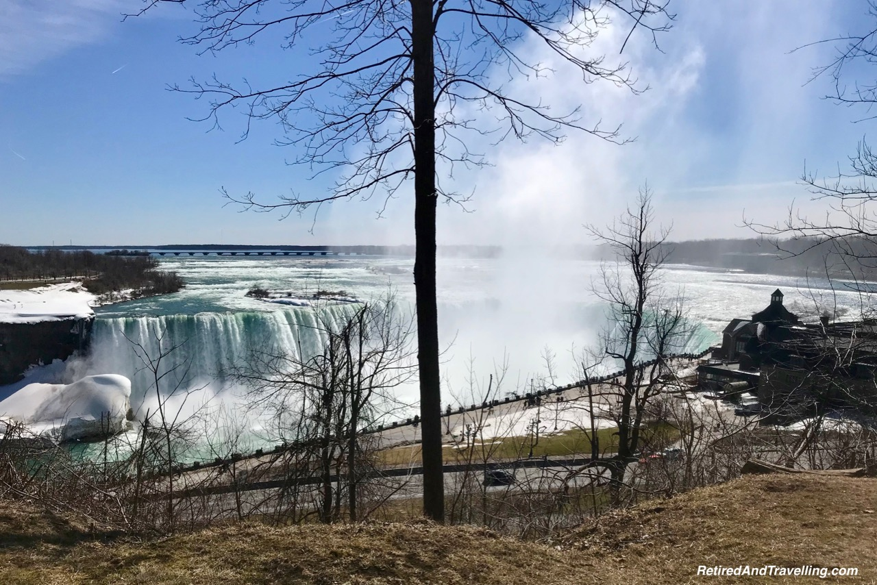 Horseshoe Falls Viewpoint View - Niagara Falls In Colour.jpg