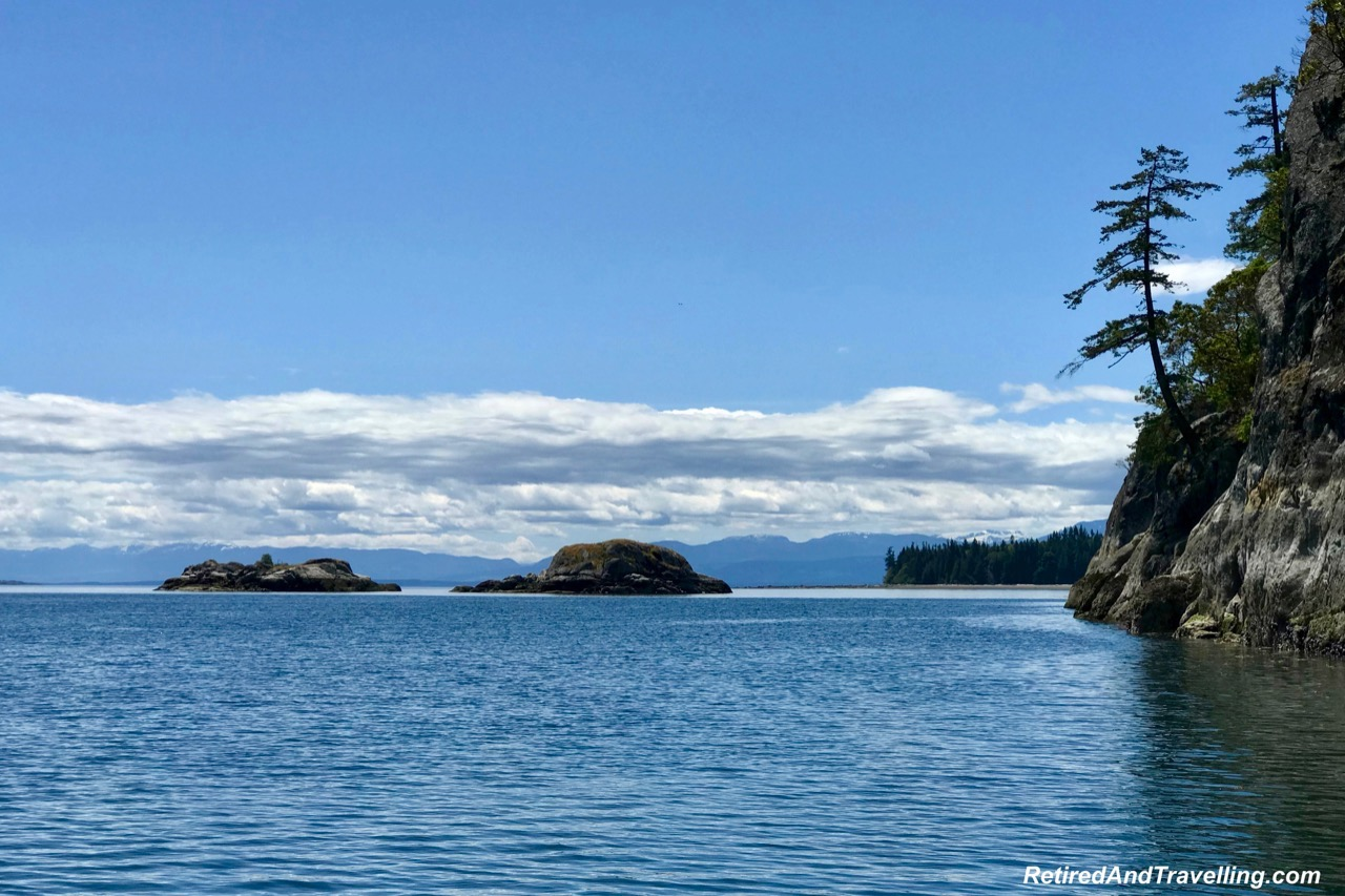 Campbell River Whale Watching - Hills and Valleys of Vancouver Island.jpg