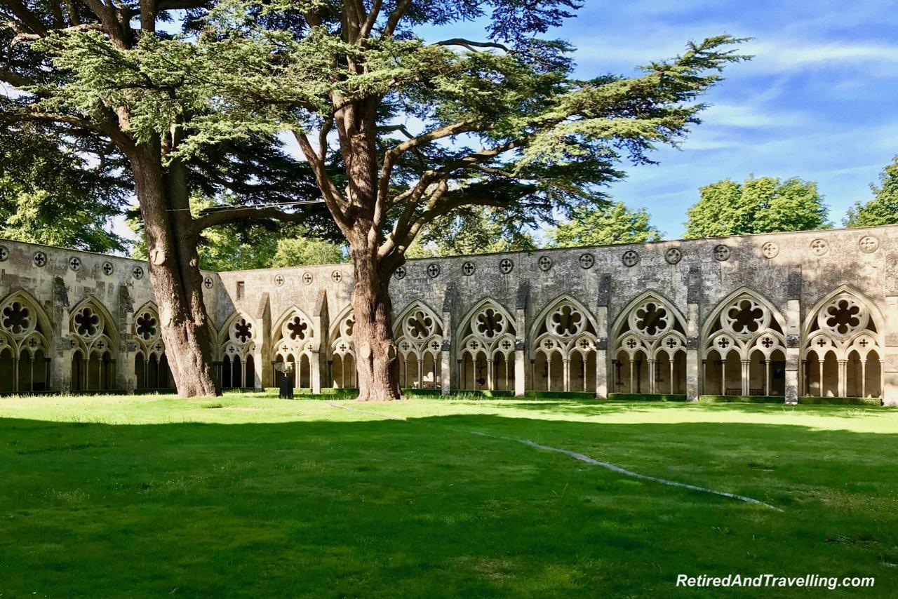 Salisbury Cathedral Cloister.jpg